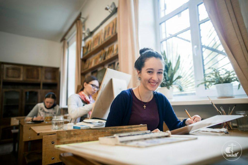 Весна Контић из Никшића ускоро ће започети школовање на Духовној академији у Санкт Петербургу 3