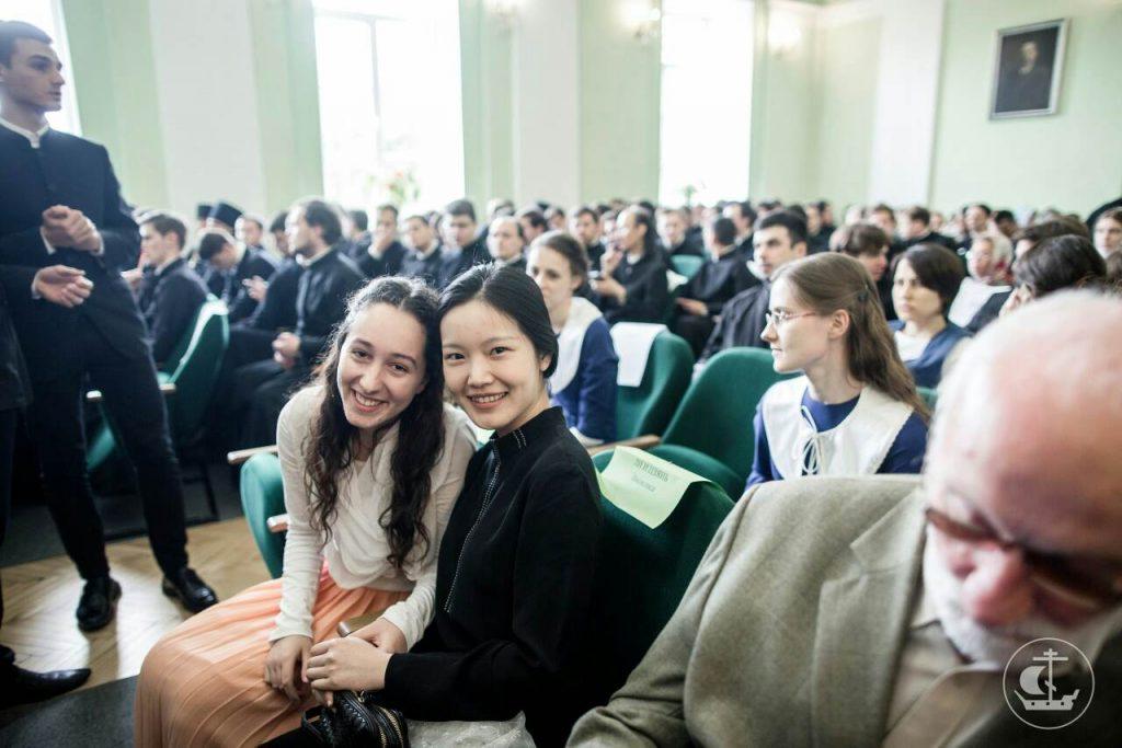 Весна Контић из Никшића ускоро ће започети школовање на Духовној академији у Санкт Петербургу 4