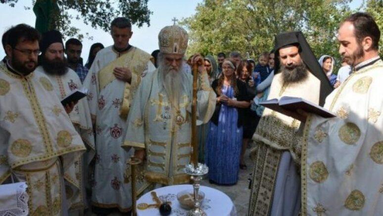 Mитрополит Амфилохије у манастиру Војнић служио Литургију и 40-дневни парастос монахињи Тавити