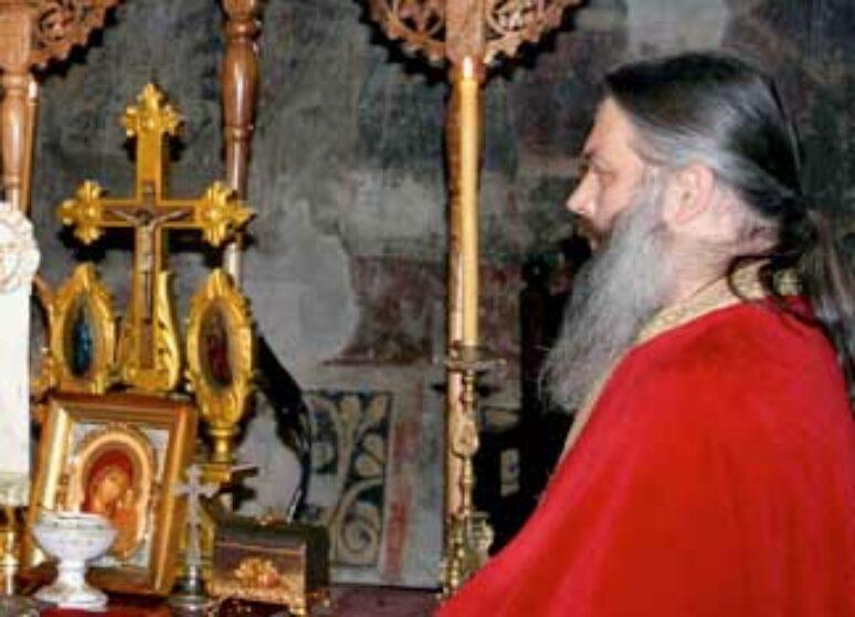 """Архимандрит Данило: """"Христос исцјелитељ душа и тијела"""""""