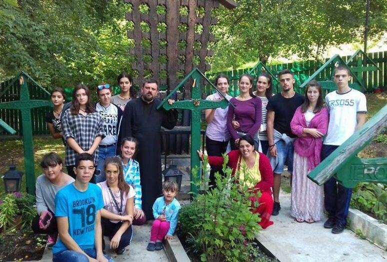 Дјеца из Никшића и Херцег Новог на Међународном сабору православне омладине у Румунији