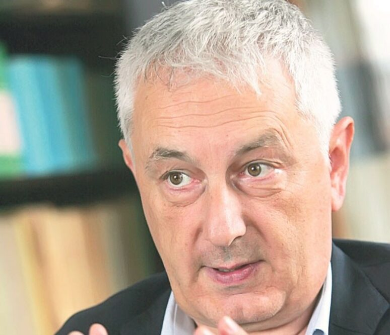 Dr Srdjan Pirivatric