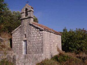 Hram Svetog Save Lustica