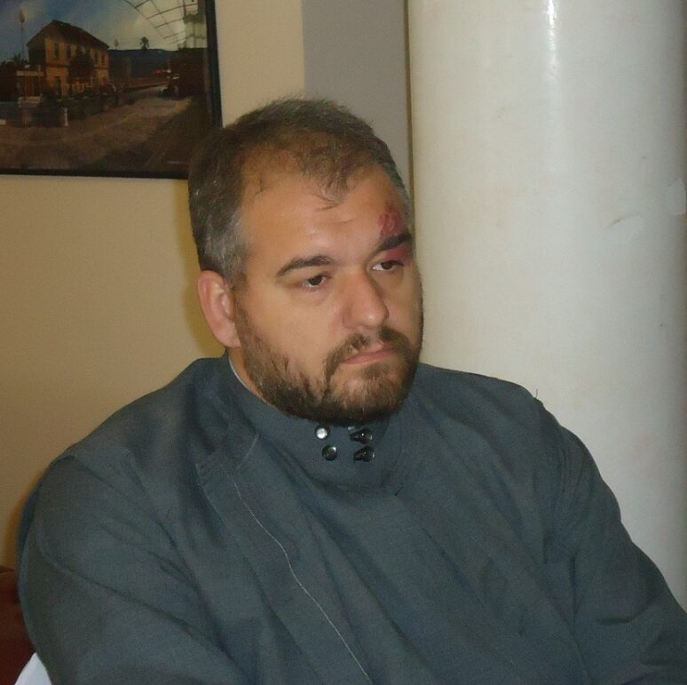 Otac Nikola Urdesic