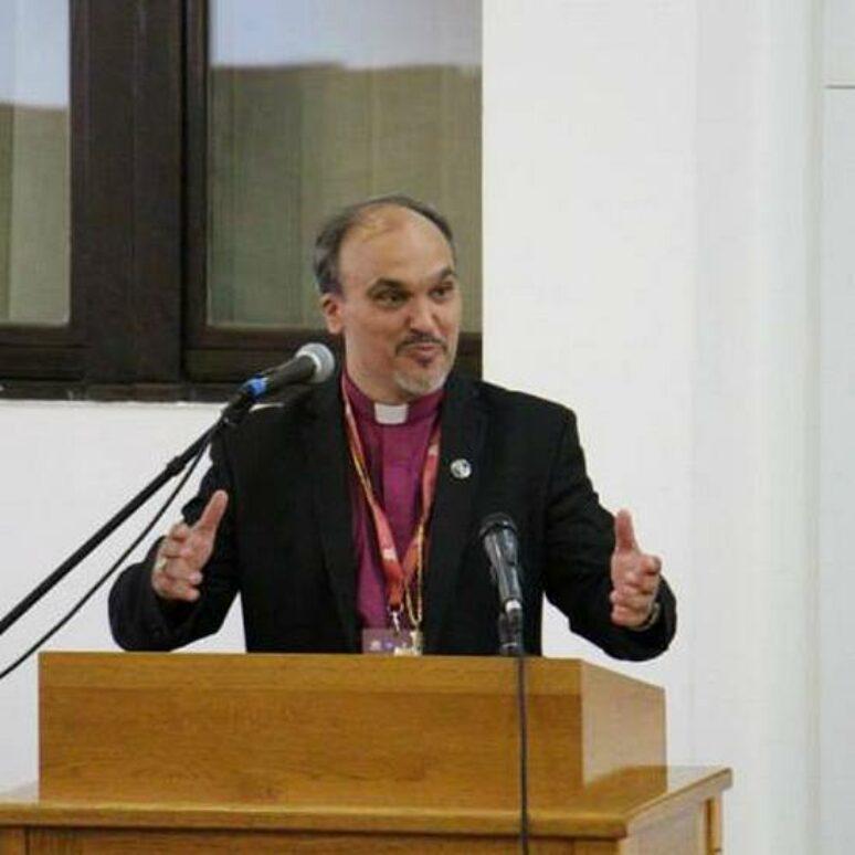 Biskup Jasmin Milic