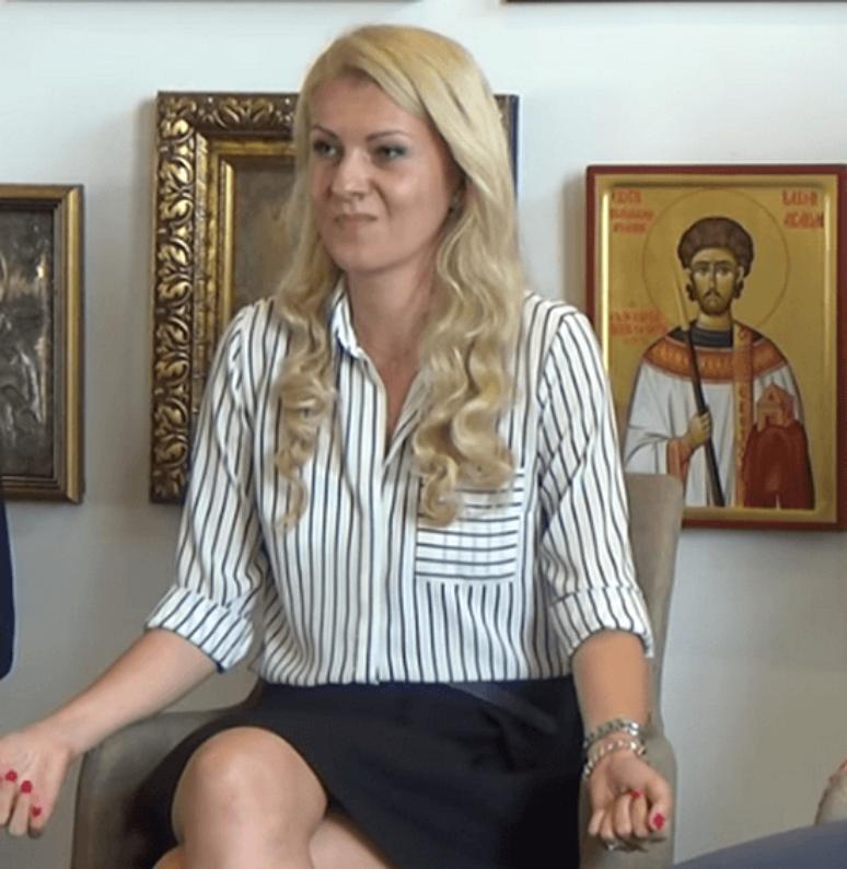Теолог Милана Ивковић