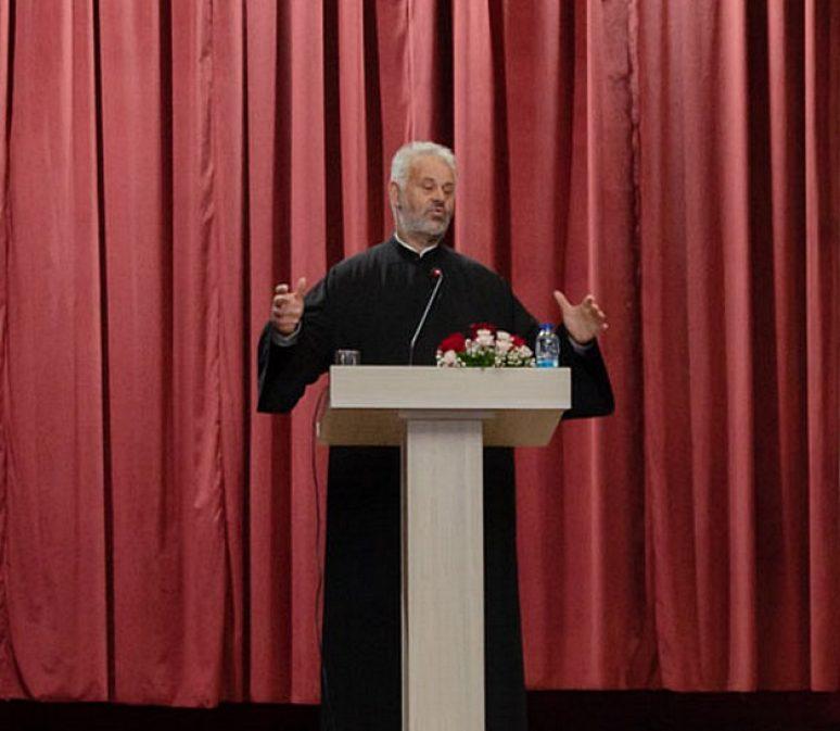 Професор др Љубивоје Стојановић