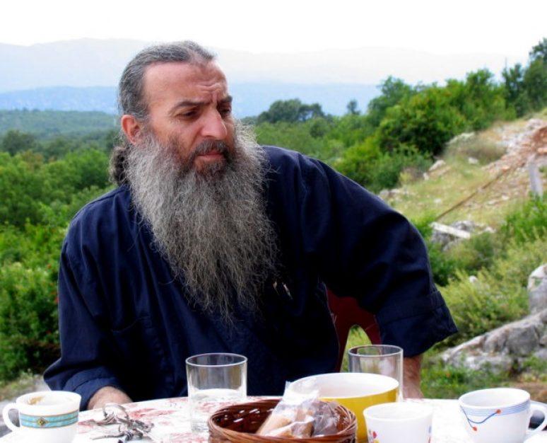 Otac Luka Atonski