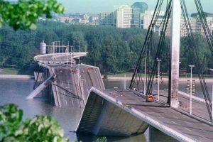 Nato Rusenje Mostova