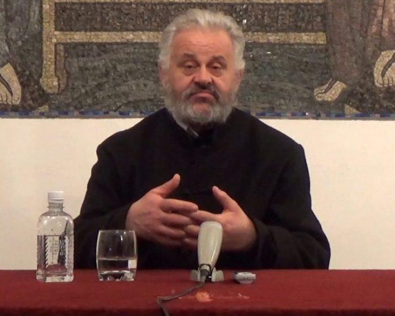 Протојереј ставрофор Љубивојe Стојановић