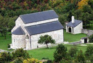 Pivski Manastir