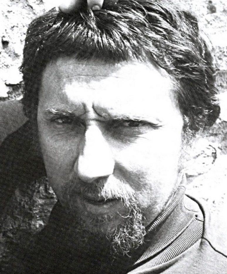 Вајар Небојша Митрић