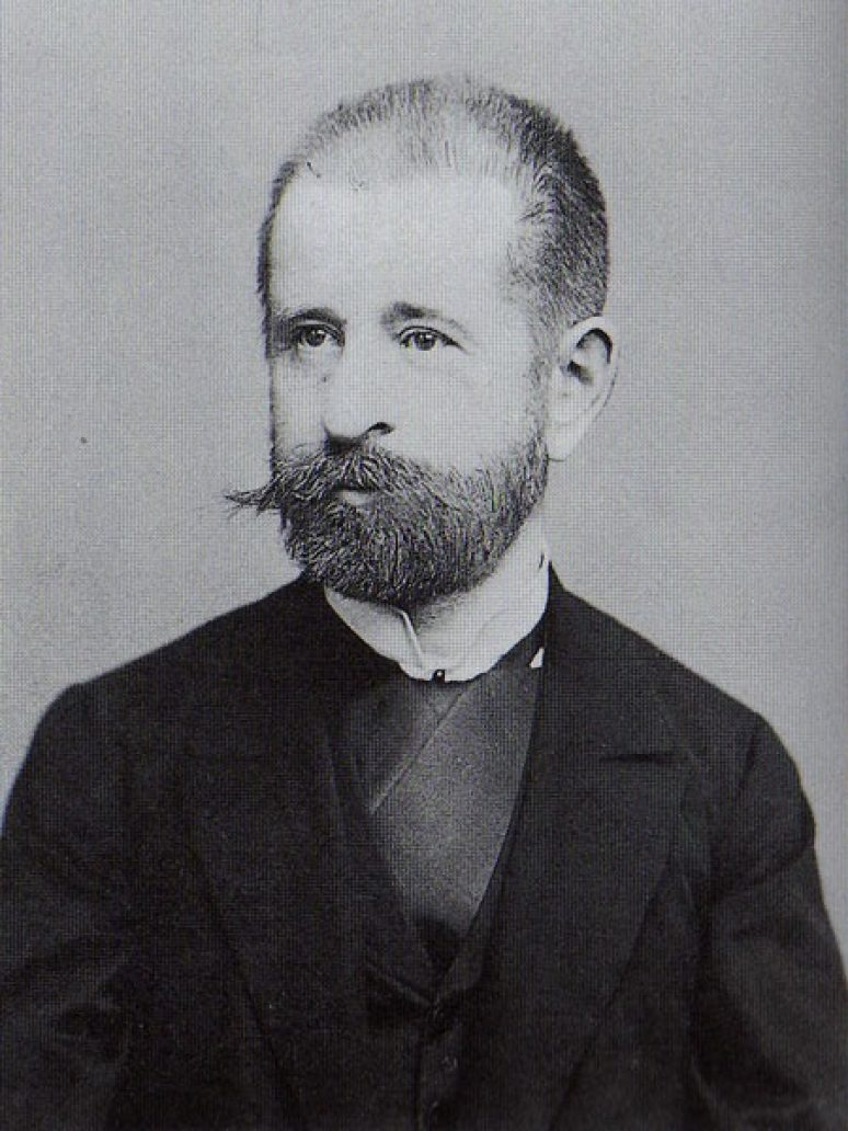 Михаило Валтровић