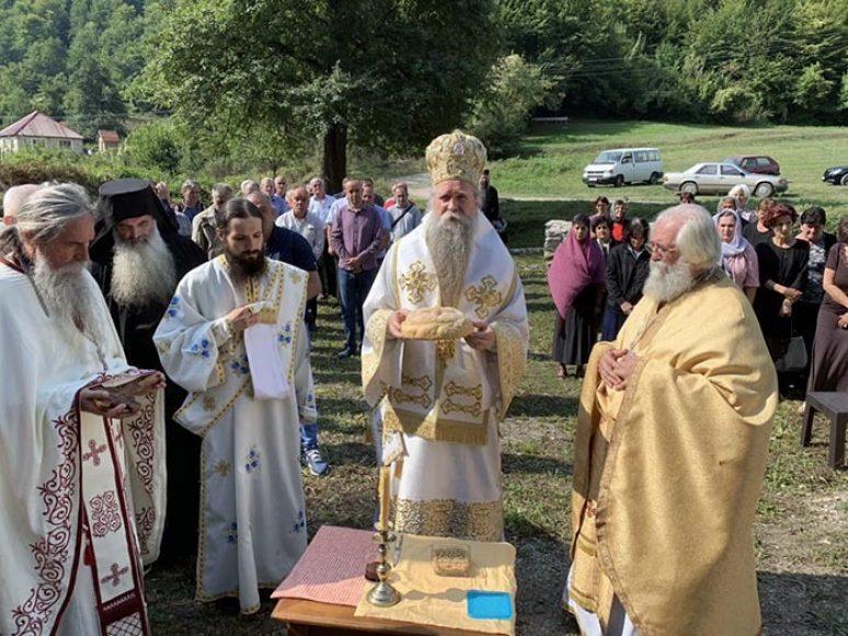 Sep 2019 Arhijerejska Liturgija Na Usjekovanje U Samogradu 26 1
