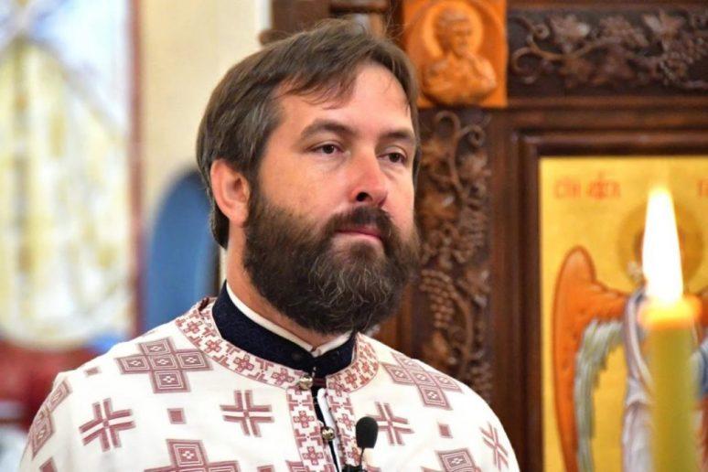 Отац Младен Томовић