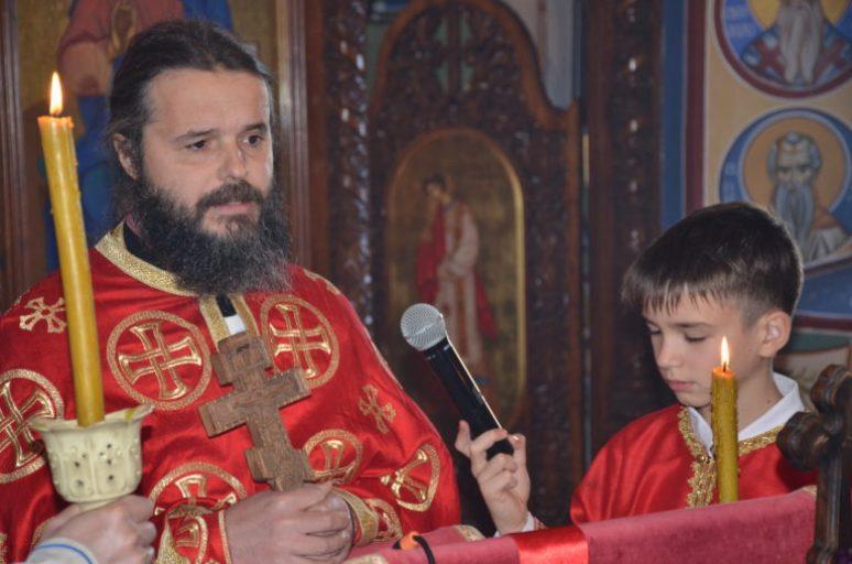 Otac Nikola Marojević