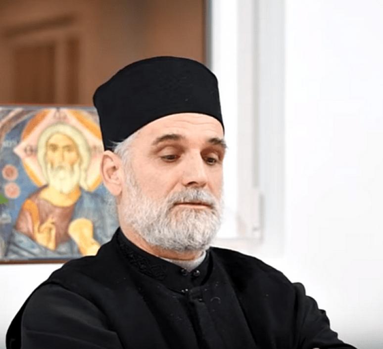 Протојереј Жељко Ћалић