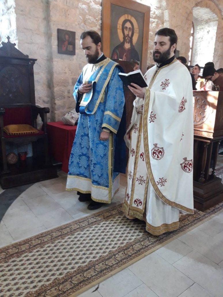Влашка црква отац Игор Балабан