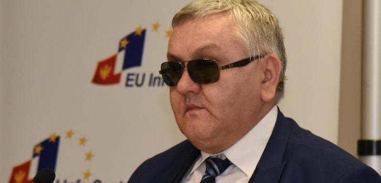 Раденко Лацмановић