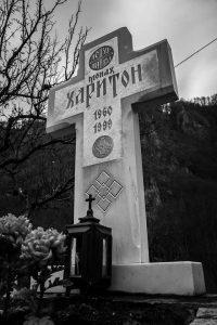 Grob o. Haritona