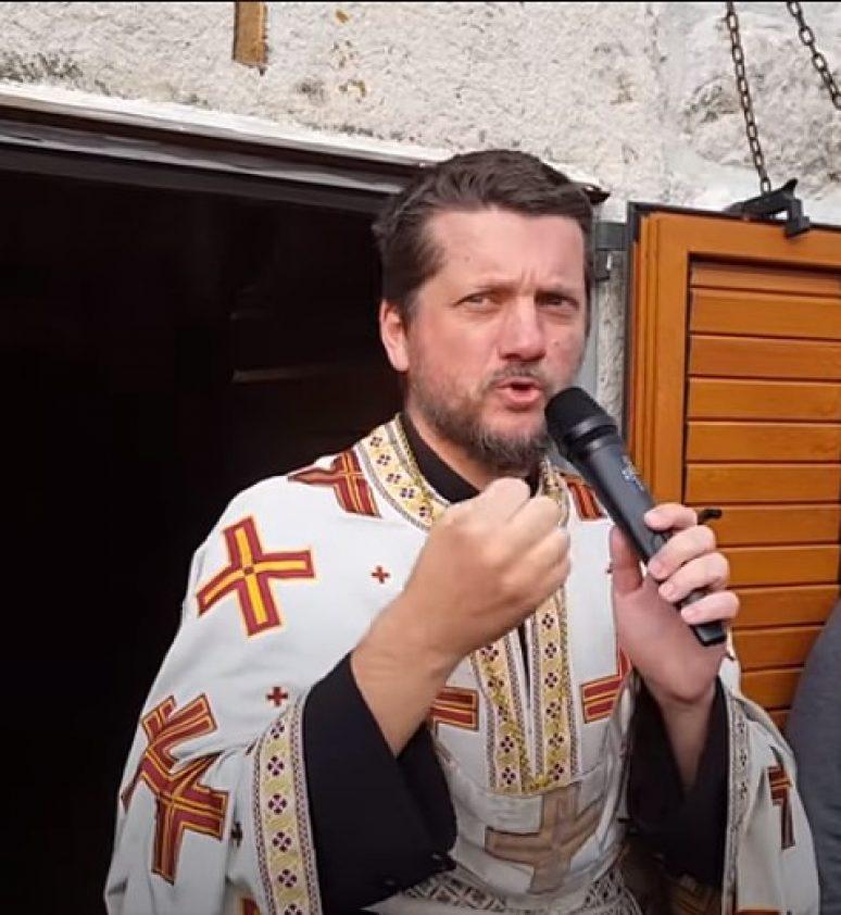 Отац Гојко Жабљак