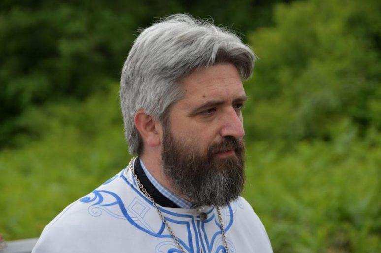 Otac Slobodan Zekovic
