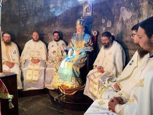 Jul 2020 Arhijererjska Liturgija Na Praznik Bogorodice Trojerucice U Djurdjevim Stupovima 5