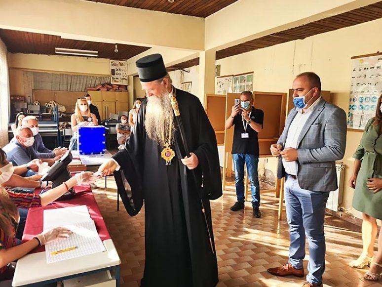 Avg 2020 Vladika Joanikije Glasao Na Izborima