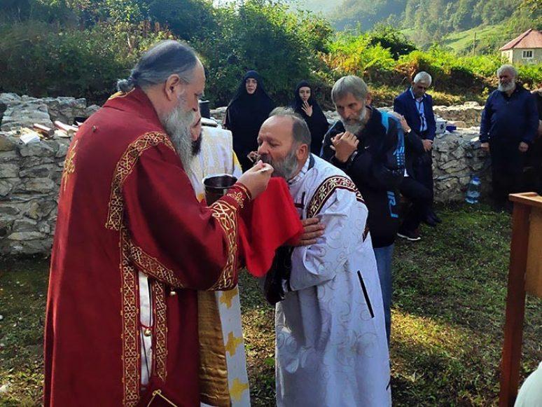 Sep 2020 Arhijerejska Liturgija U Samogradu
