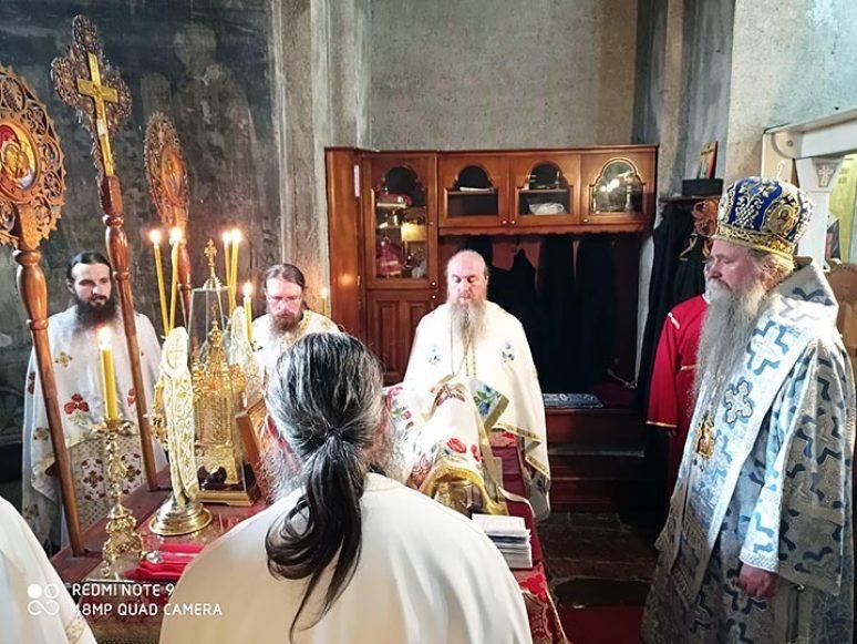 Okt 2020 Arhijerejksa Liturgija Na Pokrov Presvete Bogorodice U Djurdjevim Stupovima