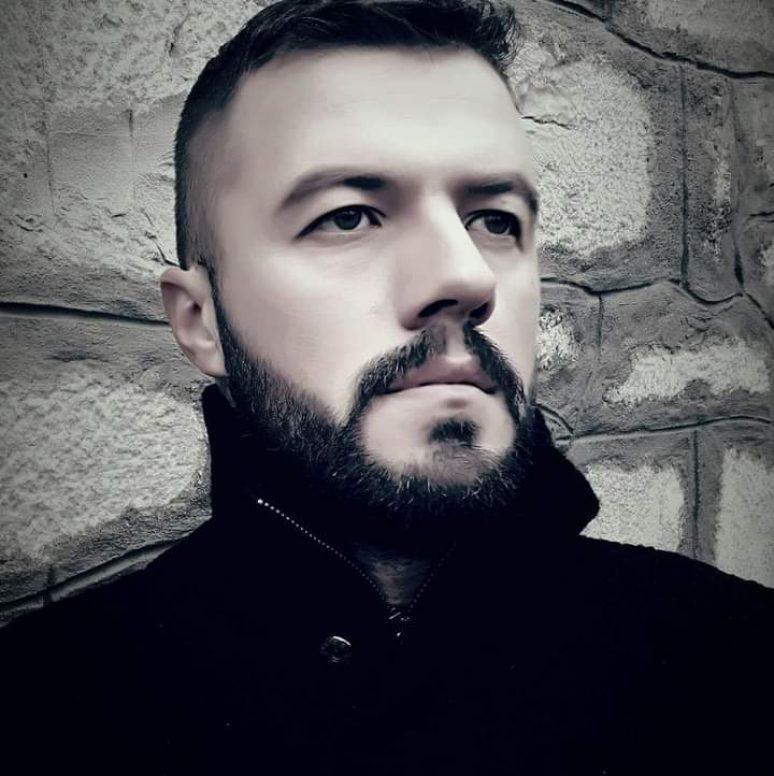 Епски пјесник Владимир Томић