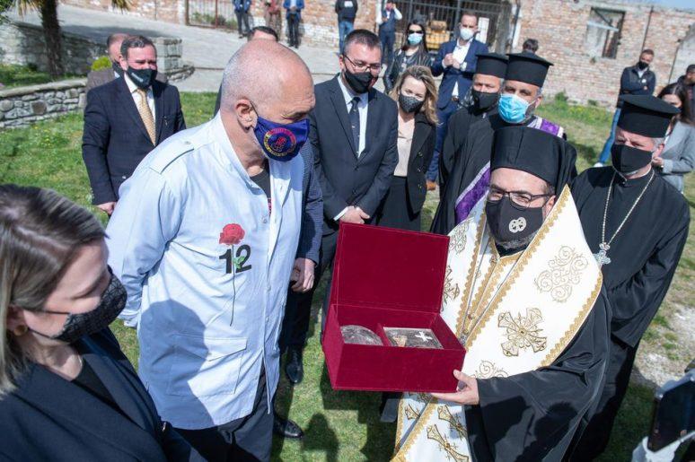 Albanskoj pravoslavnoj crkvi vraćene mošti Svetog Jovana Vladimira