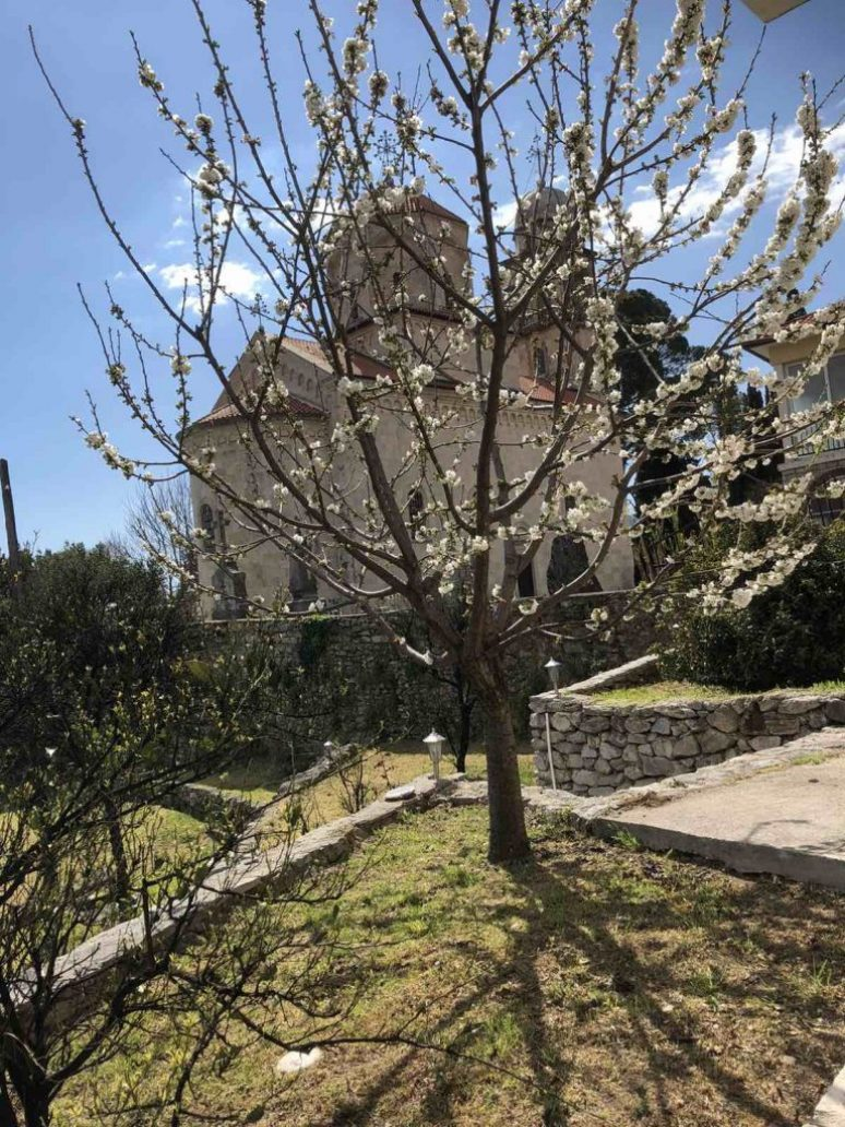 Manastir Savina Proljece