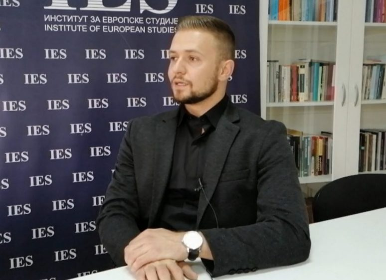 Мр Миљан Лазовић