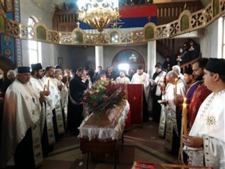 опело новопрестављеном архимандриту Данилу у манастиру Плужац