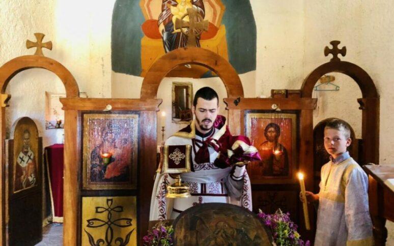 Црква Св. пророка Илије на Кучком Кому