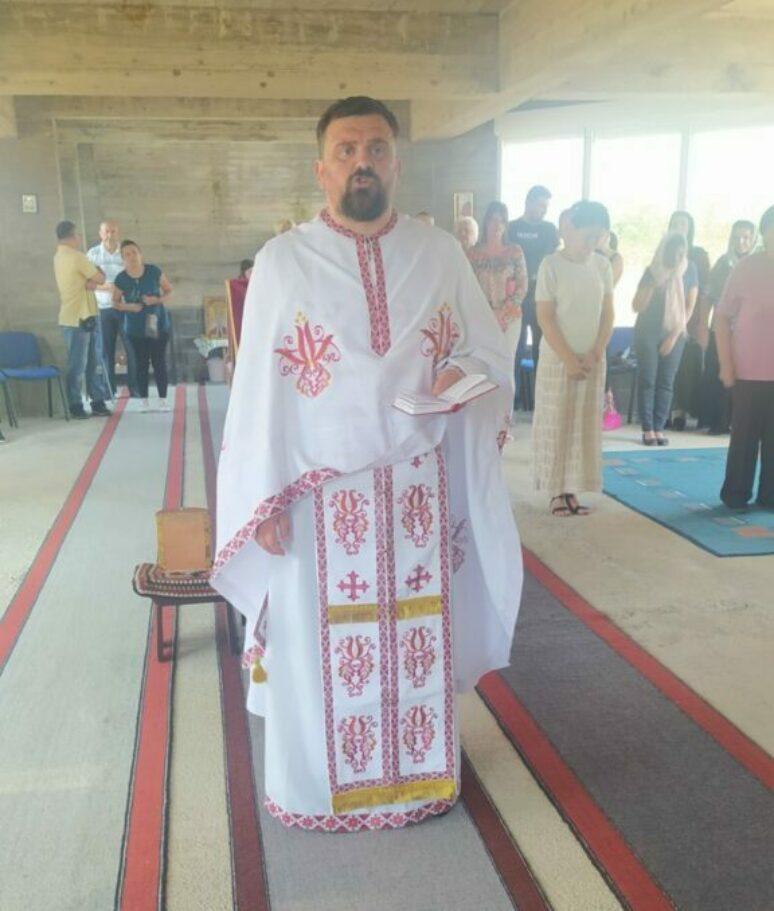 Отац Велимир Јововић