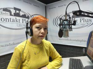 Даниела Томашевић уредник Радија Контакт плус из Косовске Митровице